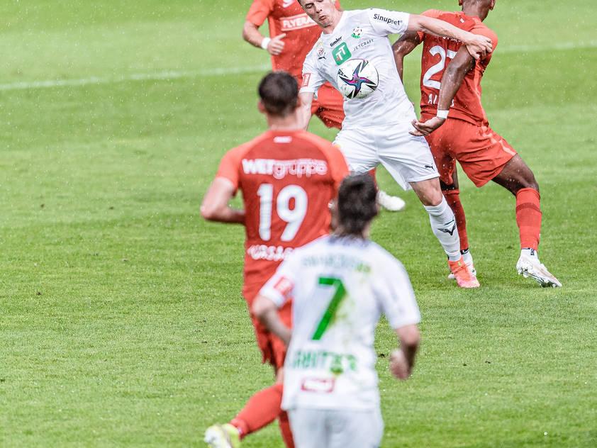Keinen Sieger brachte ein umkämpftes Spiel in Innsbruck