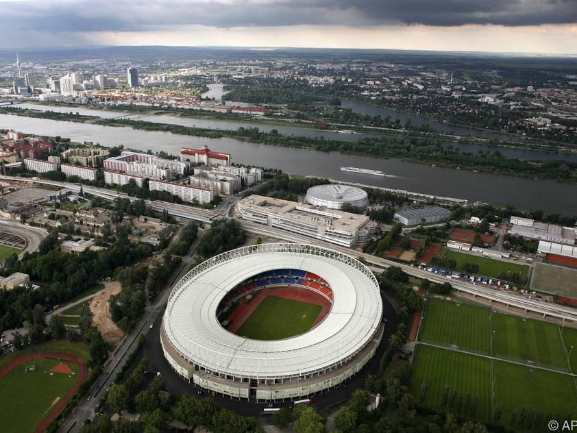 Als Schauplatz wurde das Ernst-Happel-Stadion in Wien angegeben