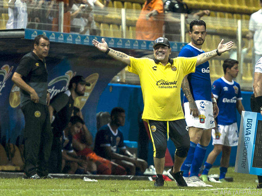 Diego Maradona führte den Abstiegskandidaten noch ins Playoff
