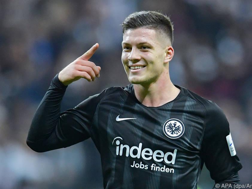 Eintracht Frankfurt liegt noch kein offizielles Angebot des FC Barcelona für Luka Jović vor