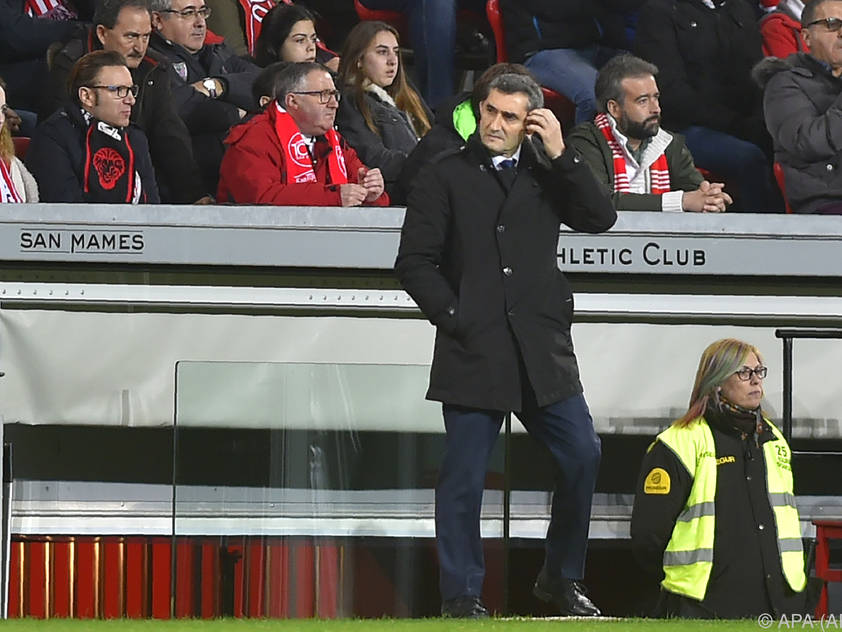 Der FC Barcelona stärkt Trainer Ernesto Valverde den Rücken