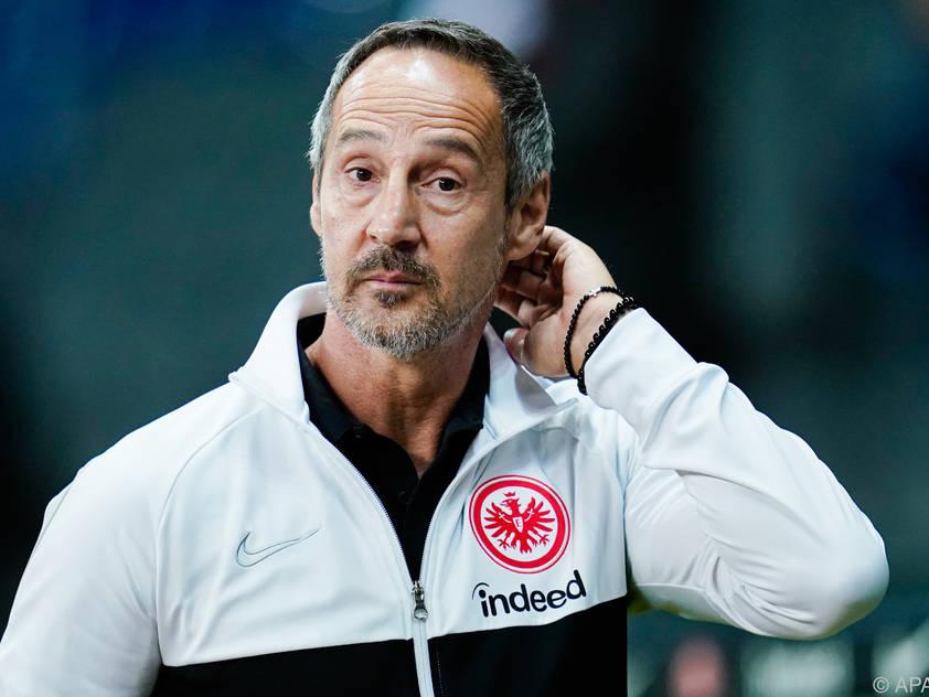 Eintracht-Coach Adi Hütter will nach drei Bundesliganiederlagen wieder zurück in die Spur finden