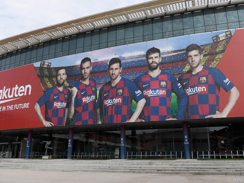 Der FC Barcelona hilft während der Krise aus