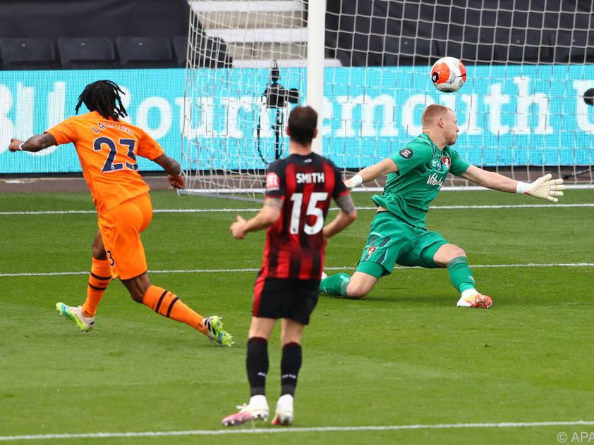 Valentino Lazaro netzte zum 4:0 für Newcastle