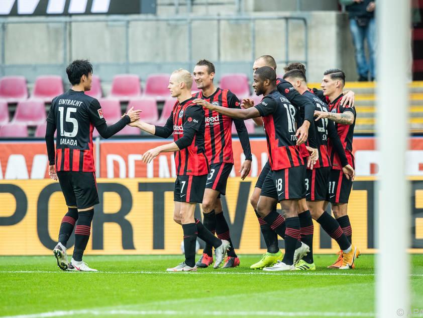Frankfurt bleibt in der Liga weiter ungeschlagen