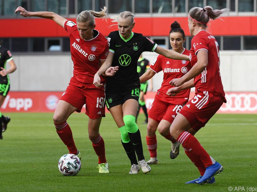 Die Frauen des FC Bayern feierten den 12.Sieg im 12. Spiel