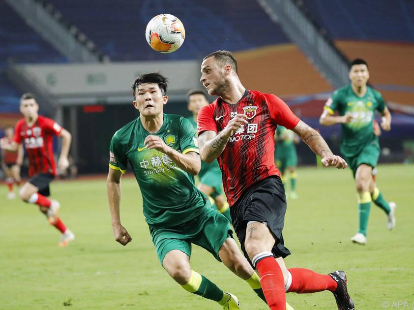Marko Arnautović (r.) darf mit Shanghai in Asiens Champions League starten