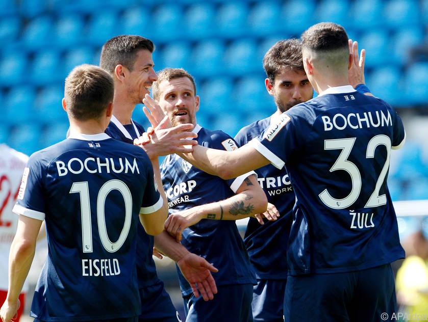 Torlawine-in-2-Bundesliga-ulj-trifft-f-r-Bochum