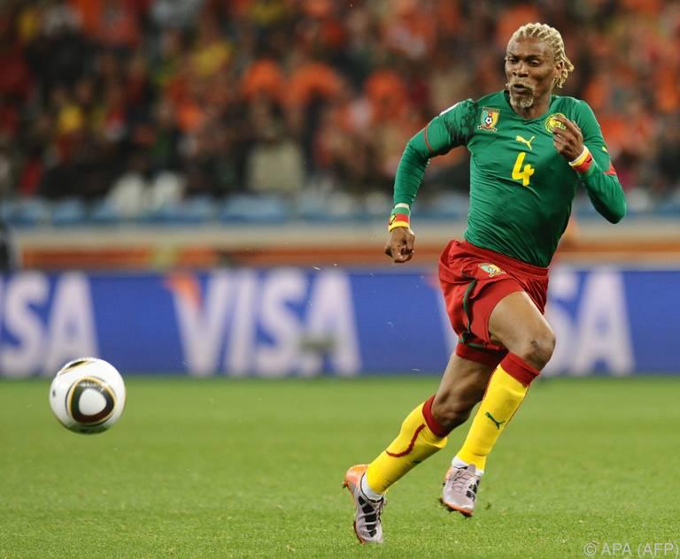 Song, hier bei der WM 2010 in Südafrika, liegt im Koma