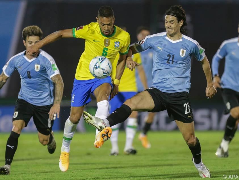 """Die """"Selecao"""" setzte sich auswärts gegen Uruguay durch"""