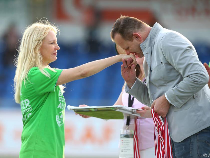 Präsidentin Langes-Swarovski und Bundesliga-Vorstand Herovits