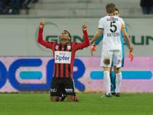 LASK-Stürmer Santos bejubelt seinen 2:1-Siegtreffer in Altach