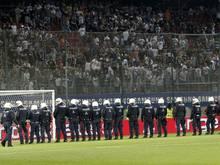 Einsatzkräfte der Polizei bheim Cupfinale in Klagenfurt
