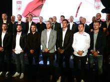 Die Kapitäne und Trainer der heimischen Bundesligavereine