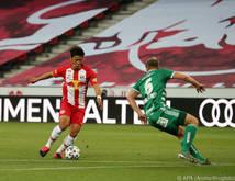 Gegen Salzburg mussten gleich drei Spieler von Rapid verletzungsbedingt raus