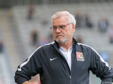Sportdirektor Baumeister kündigte mindestens vier weitere Spieler an