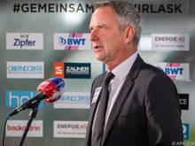 Dominik Thalhammer freut sich über den Sieg, verlangt von seiner Mannschaft aber noch mehr