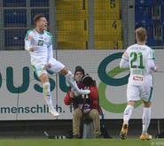 Die Tiroler bejubeln den Sieg gegen St. Pölten