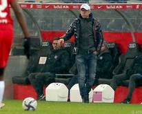 Peter Stöger sah eine 1:3-Niederlage, die der Austria Mut gibt