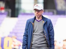 Peter Stöger und die Wiener Austria bleiben im Kampf um das Europacupticket dabei