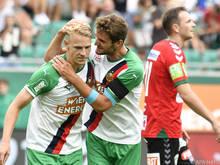 Maximilian Hofmann (r.) und Marco Grüll freuen sich auf Wiener Derby