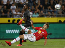 Yeboah (l.) und Wöber treffen im Schlager erneut aufeinander