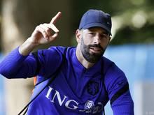Niederlande-Co-Trainer Van Nistelrooy warnt vor Leichtsinnigkeit