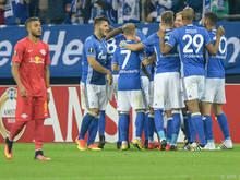 Schalke jubelt, Salzburg am Boden zerstört