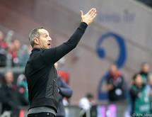 Hütter übt scharfe Kritik am Referee