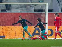 Nicole Billa jubelt über den wichtigen Treffer gegen Serbien