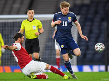 Aleks Dragović (l.) trauerte einem möglichen ÖFB-Sieg in Glasgow nach