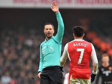 Mark Clattenburg folgt Howar Webb