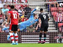 Southampton-Keeper Gunn streckt sich vergeblich: 1:0 für Liverpool