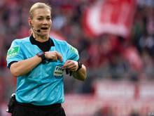Bibiana Steinhaus wird im Supercup ihr letztes Spiel als Offiziell am Spielfeld leiten