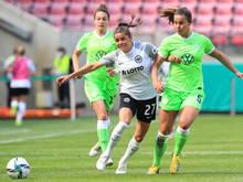 Laura Feiersinger (Nr. 27) kassierte mit Frankfurt bittere Niederlage