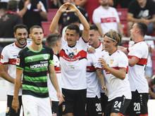 Stuttgart startete mit einem Kantersieg über Fürth in die Saison