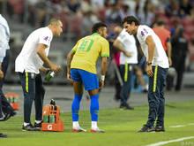 Neymar hatte mit dem Oberschenkel Probleme