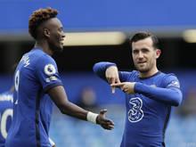 Die zwei Chelsea-Spieler müssen neben Jadon Sancho zunächst Zuhause bleiben
