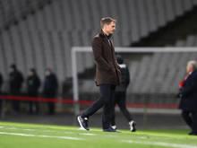 Bondscoach Frank de Boer sichtlich frustriert beim 2:4 in der Türkei