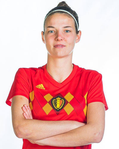 Nicky Van Den Abbeele