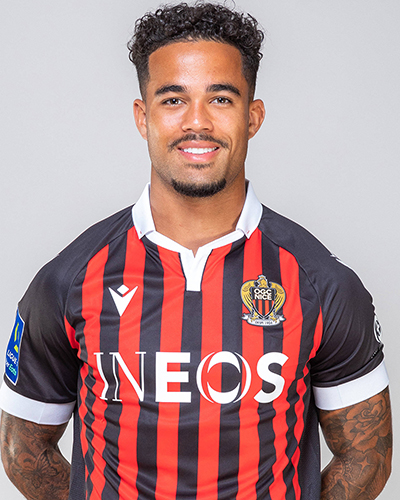 The 21-year old son of father (?) and mother(?) Justin Kluivert in 2021 photo. Justin Kluivert earned a  million dollar salary - leaving the net worth at  million in 2021