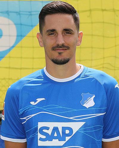 Benjamin Hübner
