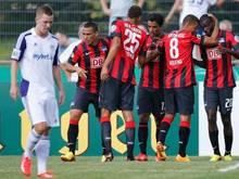 In der 120. Minute erlöste Sami Allagui die Hertha mit seinem Tor zum 3:2 gegen den VfR Neumünster. Foto: Axel Heimken