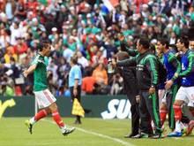 Paul Aguilar (l) erzielte das erste Tor für Mexiko. Foto: Mario Guzman