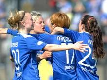Die Spielerinnen von Turbine Potsdam feierte einen lockeren 4:1-Heimsieg. Foto: Oliver Mehlis