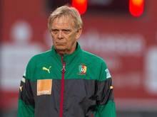 Volker Finke trainiert Kameruns Nationalmannschaft