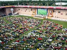 Public Viewing auf dem Sofa. Union-Ultras sind gegen die Aktion im Stadion An der Alten Försterei