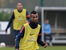 Ashley Cole soll beim AS Rom einen Vertrag bis 2016 unterschreiben