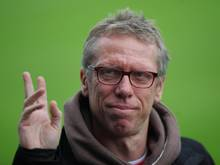 Kölns Trainer Peter Stöger will trotz Personalproblemen in die nächste Runde