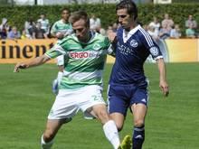 Marco Stiepermann (l.) und Greuther Fürth siegten gegen Waldkirch mit 3:0. Foto: Achim Keller